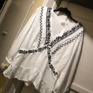 New York and company white blouse size XL